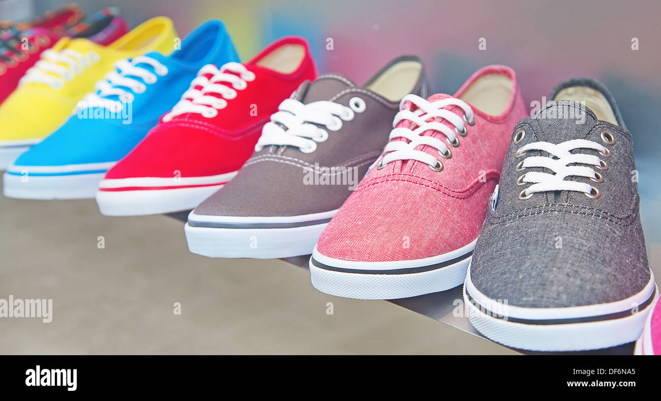 1d7e91f94373 lots of sneaker shoes on sale Stock Photo  60999405 - Alamy