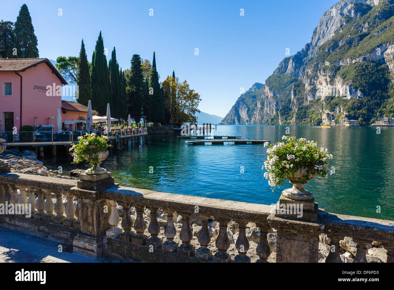 The lakefront at Riva del Garda, Lake Garda, Trentino-Alto Adige, Italy - Stock Image
