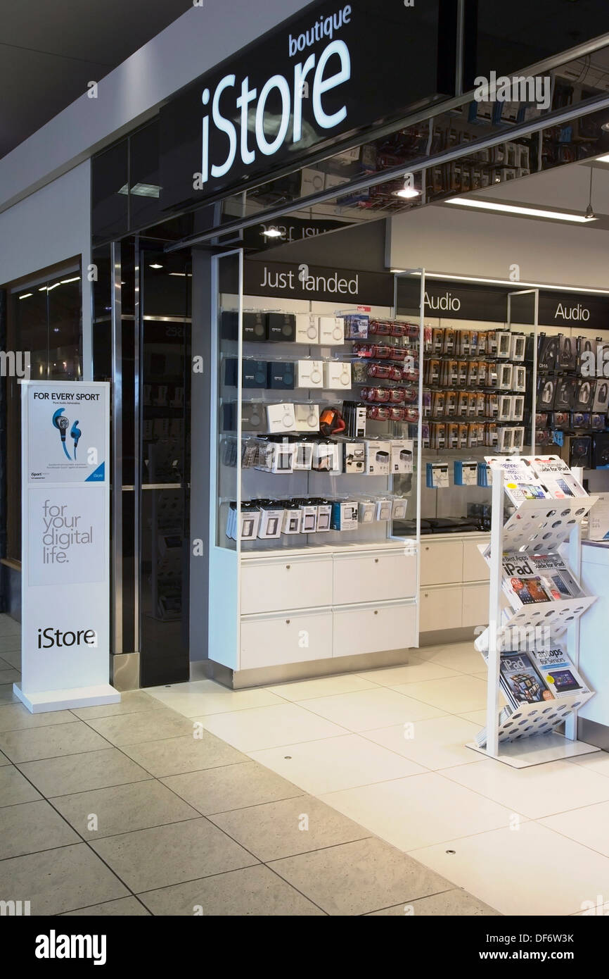 Boutique istore in airport - Stock Image
