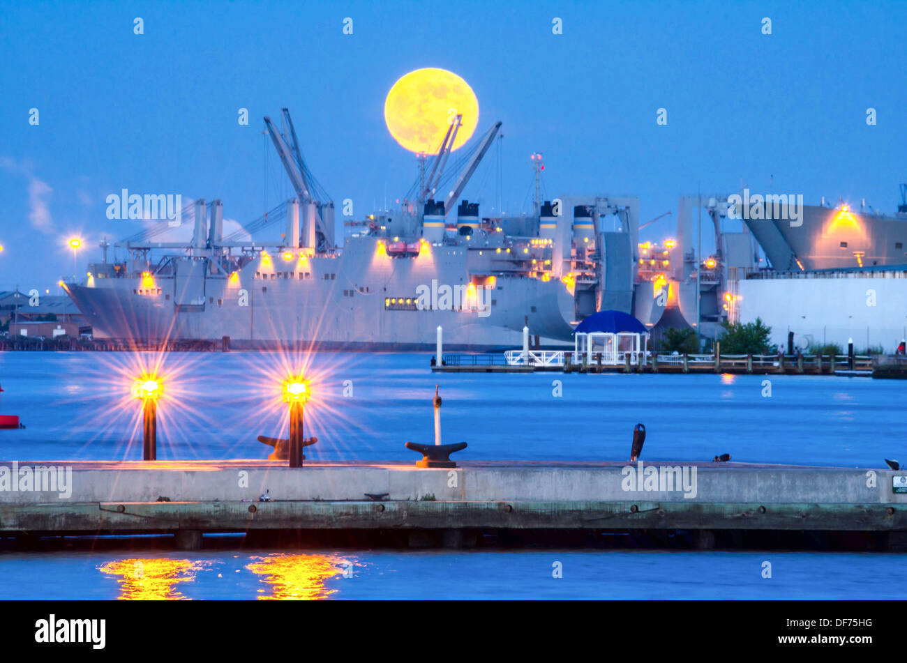 Super Moon RIsing over Baltimore Outer Harbor - Stock Image
