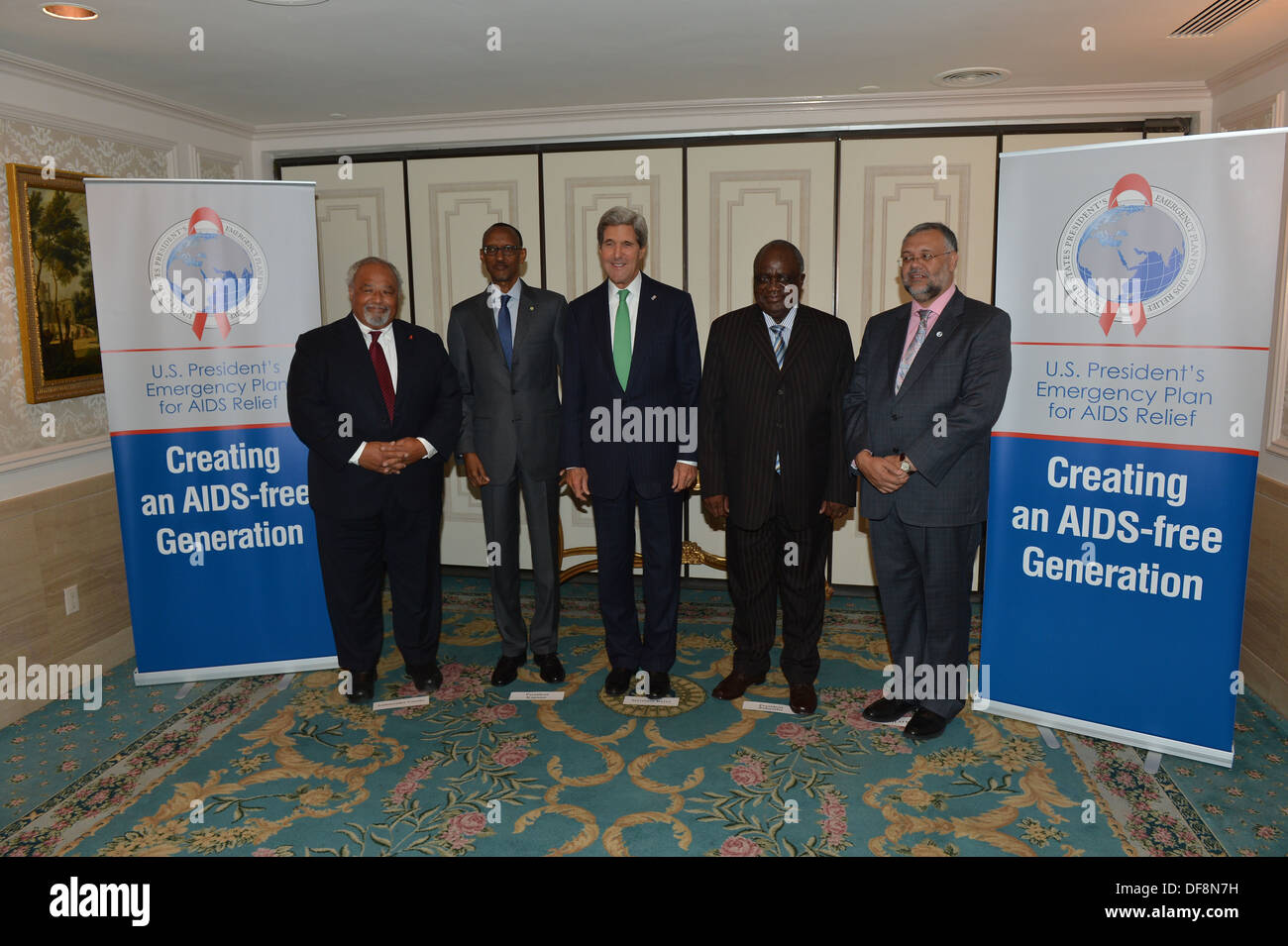 Secretary Kerry Hosts a High-Level Meeting With PEPFAR Partners - Stock Image