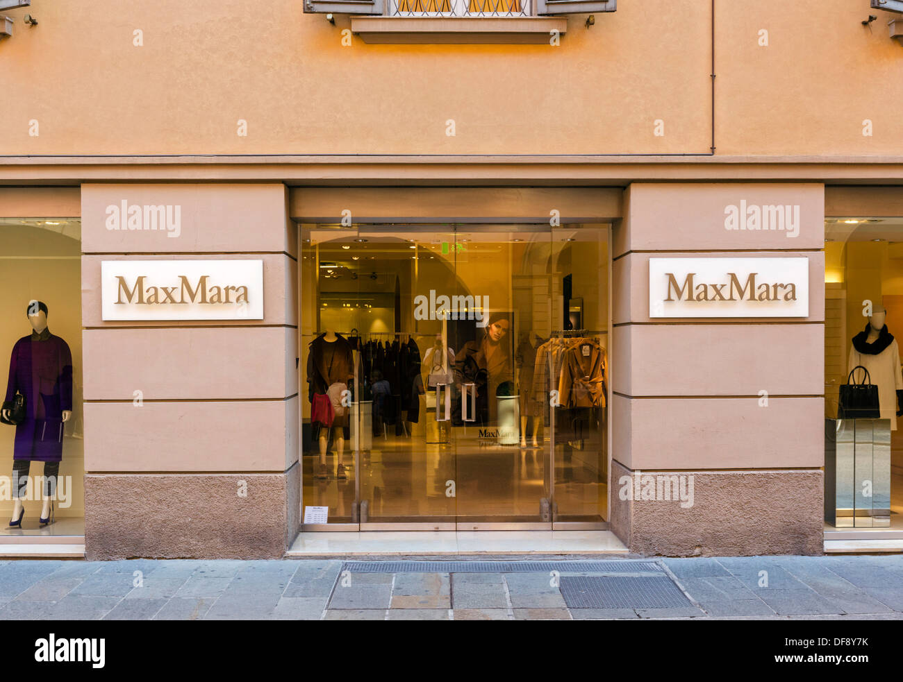 Max Mara Stock Photos & Max Mara Stock Images - Alamy