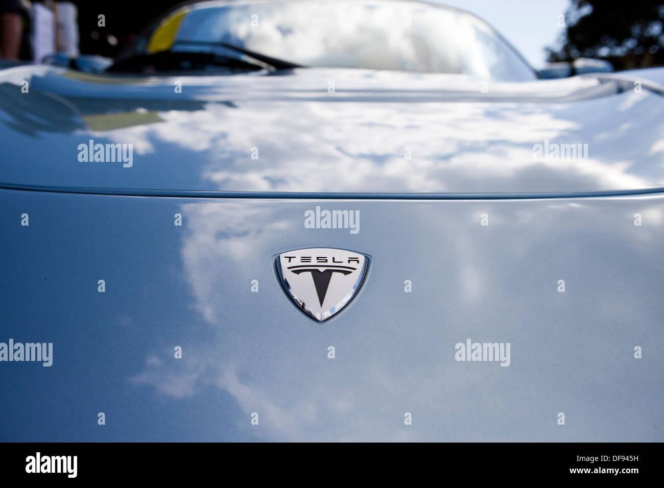 Tesla Roadster electric car hood badging - Stock Image