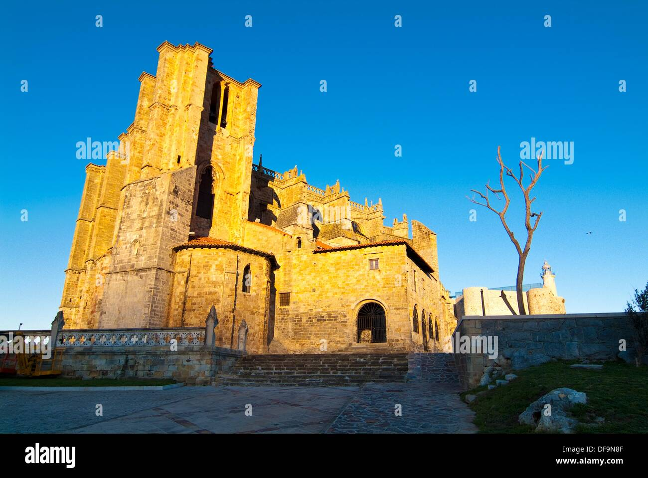 Church of St. Mary of the Assumption, the thirteenth century. Castro Urdiales. Cantabria. Spain. Stock Photo