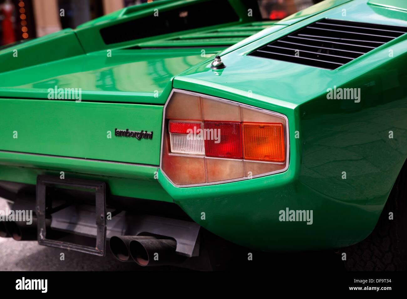 Rear Of A Green Lamborghini Stock Photo 61067416 Alamy