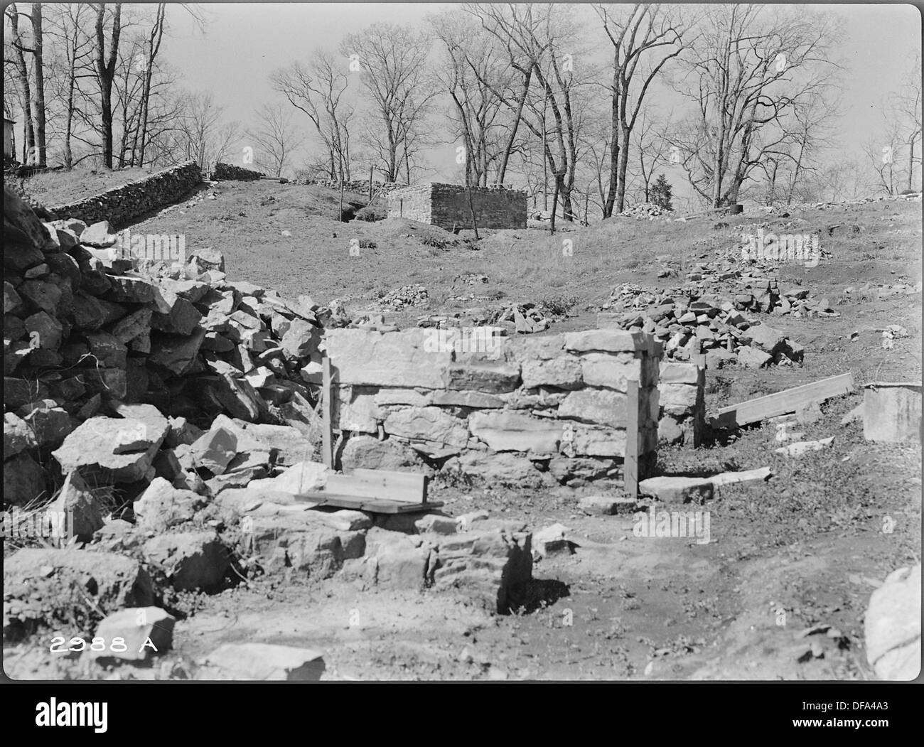 View looking toward King George Bastion. Fireplaces believed to have been in Officer's Quarters, second has been... 280290 - Stock Image