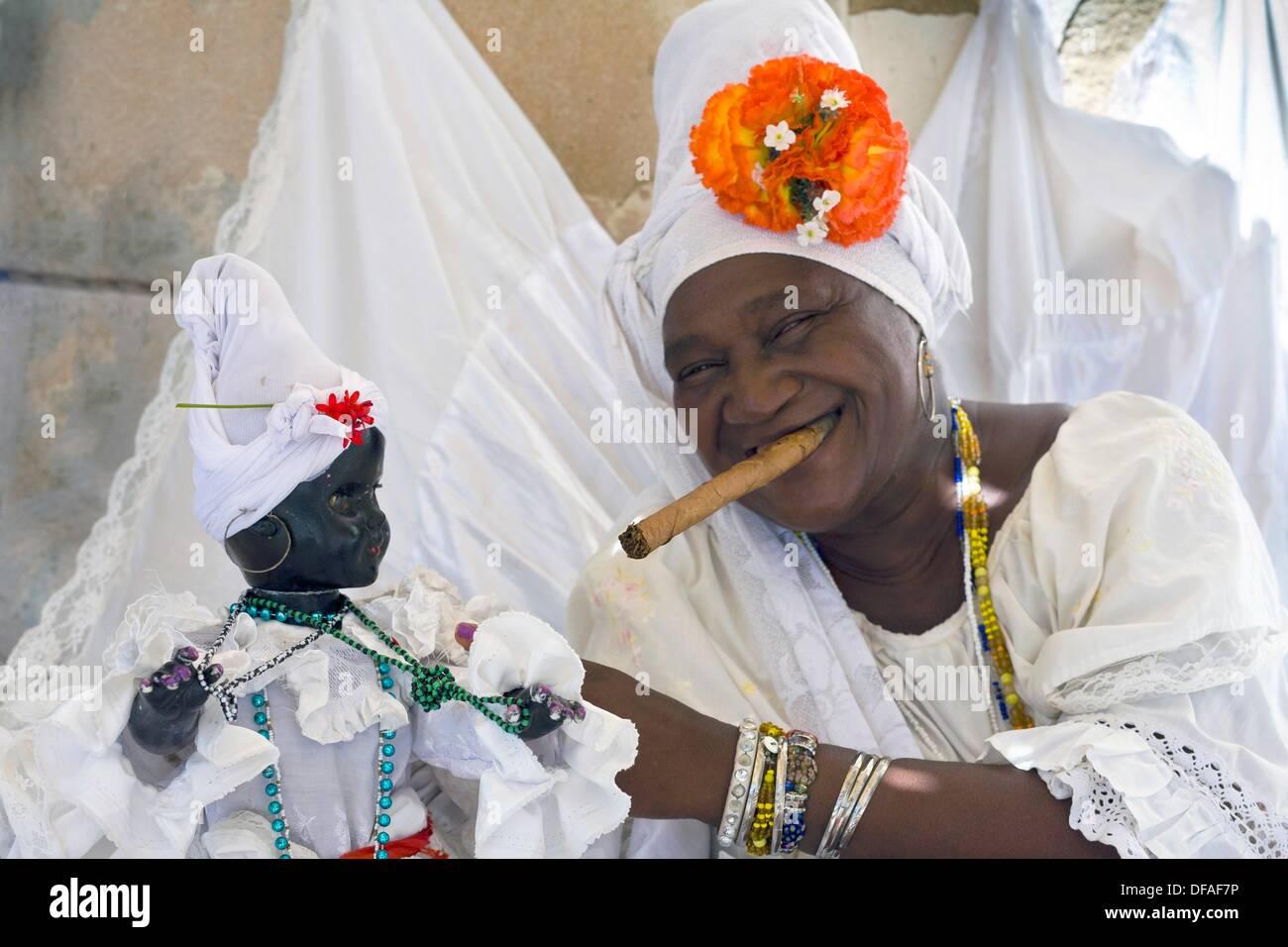 Cuba, Havana, Santeria Priestess - Stock Image