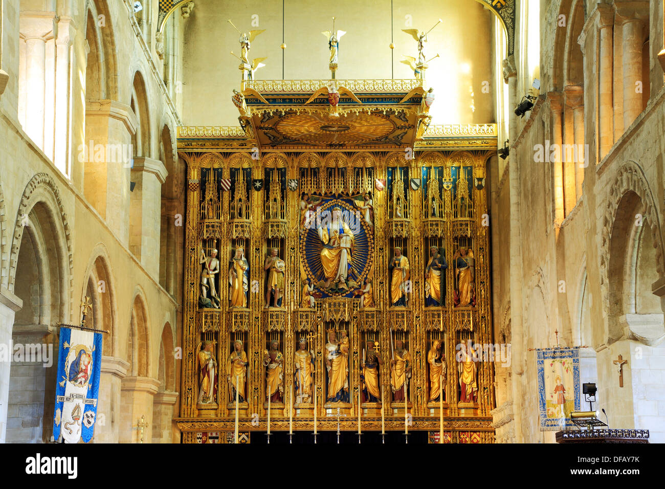 Wymondham Abbey, Norfolk, gilded Reredos by Sir Ninian Comper, early 20th century, England UK interior interiors - Stock Image