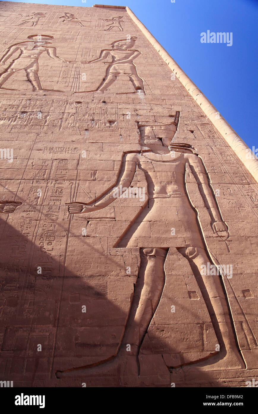 Tipicaly iconography in Edfú temple Egypt - Stock Image