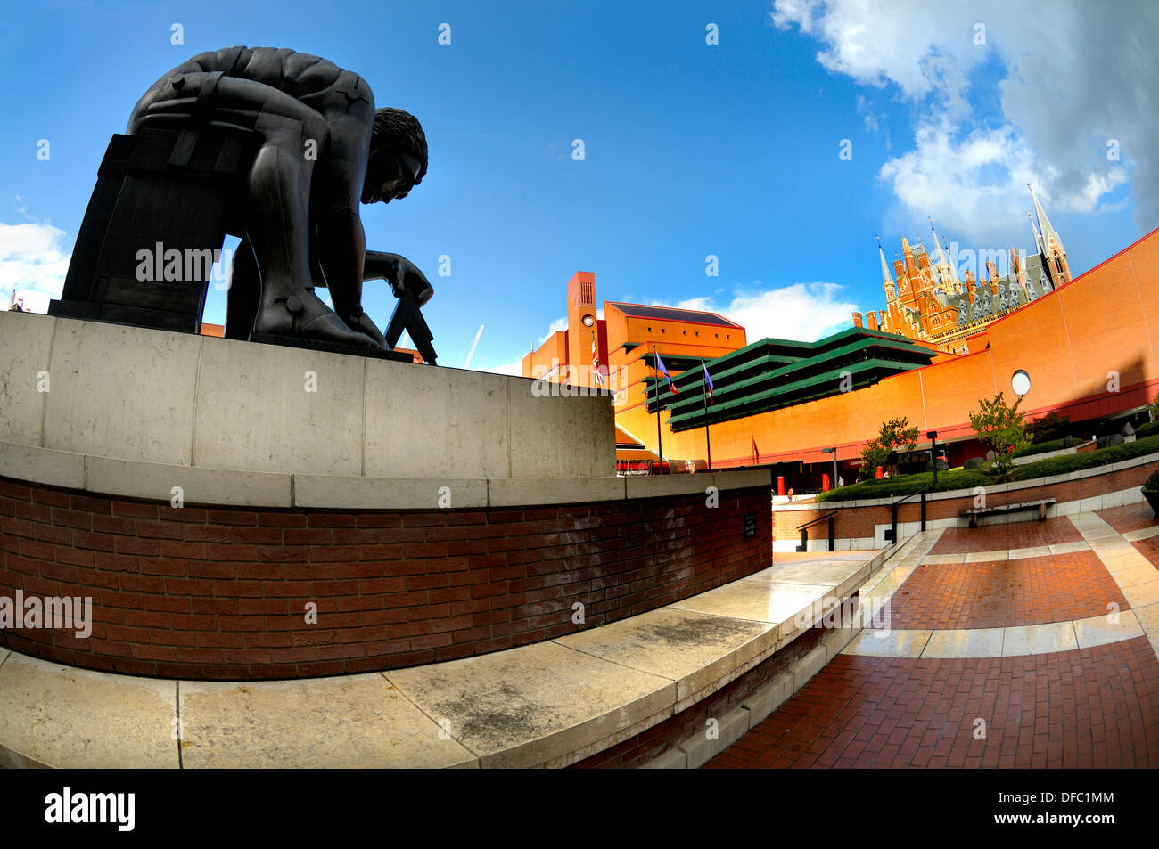 London, England, UK. British Library concourse. Statue of Sir Isaac Newton (Eduardo Paolozzi) - Stock Image