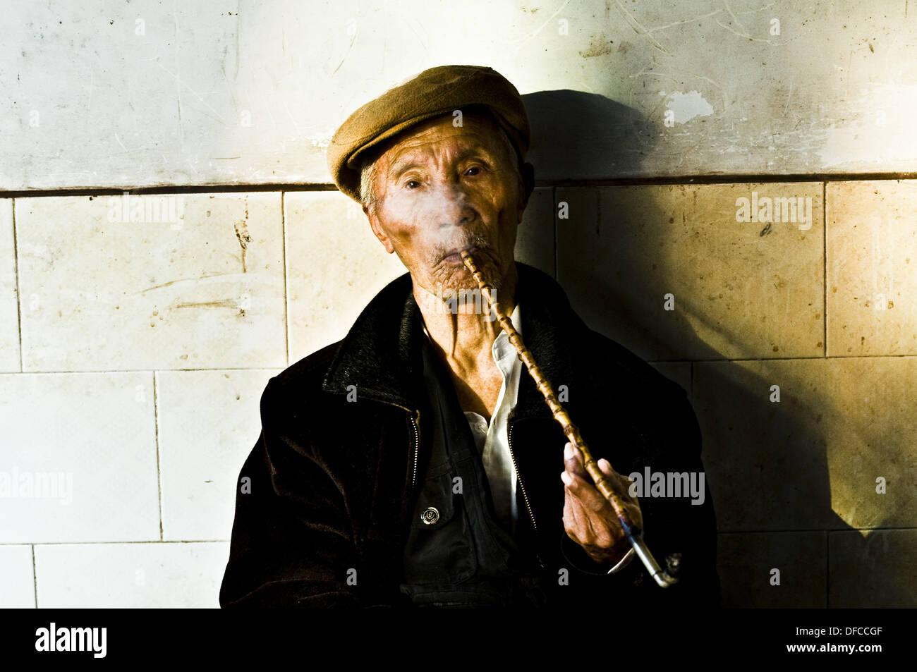 asian Smoking hose