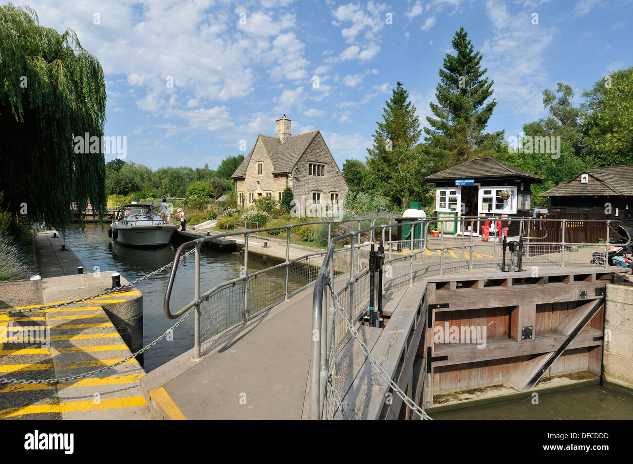 Pleasure boat on the Thames river at Iffley Lock Oxfordshire UK. Stock Photo