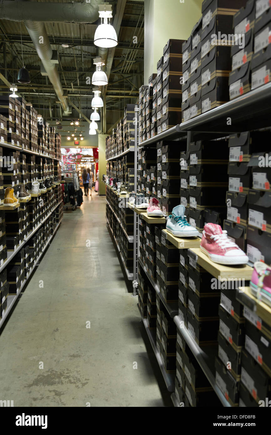 primer ministro obtener circuito  converse outlet locations Shop Clothing & Shoes Online