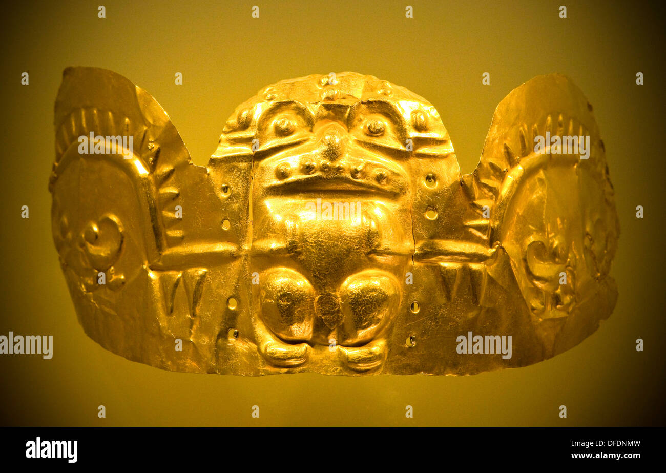 Pre-Columbian artefact, Museo de Oro, Gold Museum, Bogota, Colombia - Stock Image