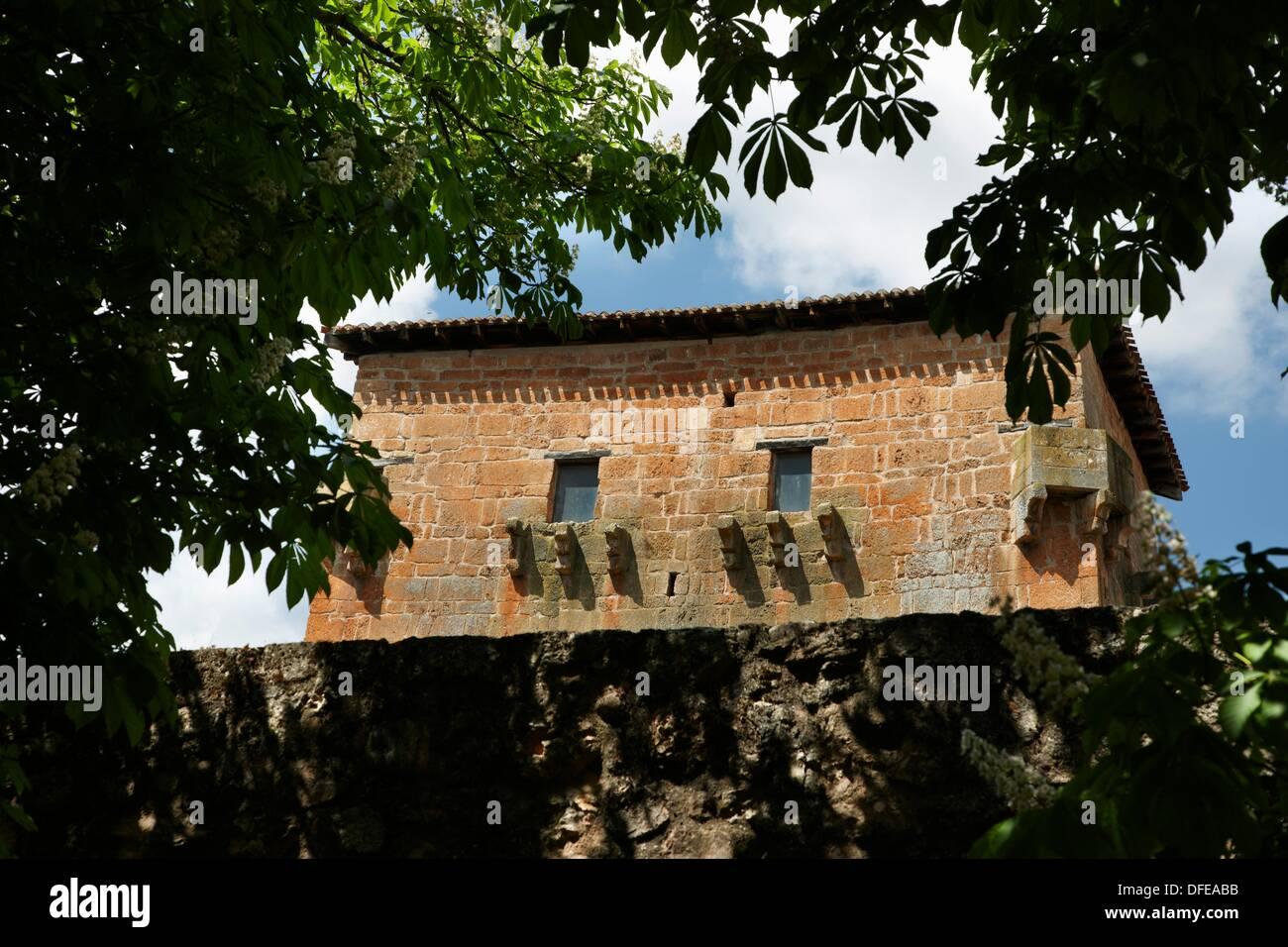 Tower of Fernan Gonzalez, Covarrubias, Burgos province, Castilla-Leon, Spain - Stock Image