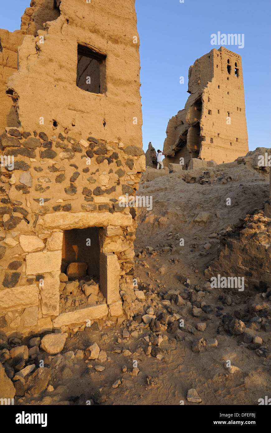 deserted historic adobe oldtown of Marib on the Incense Route, Yemen, Arabia, West Asia - Stock Image