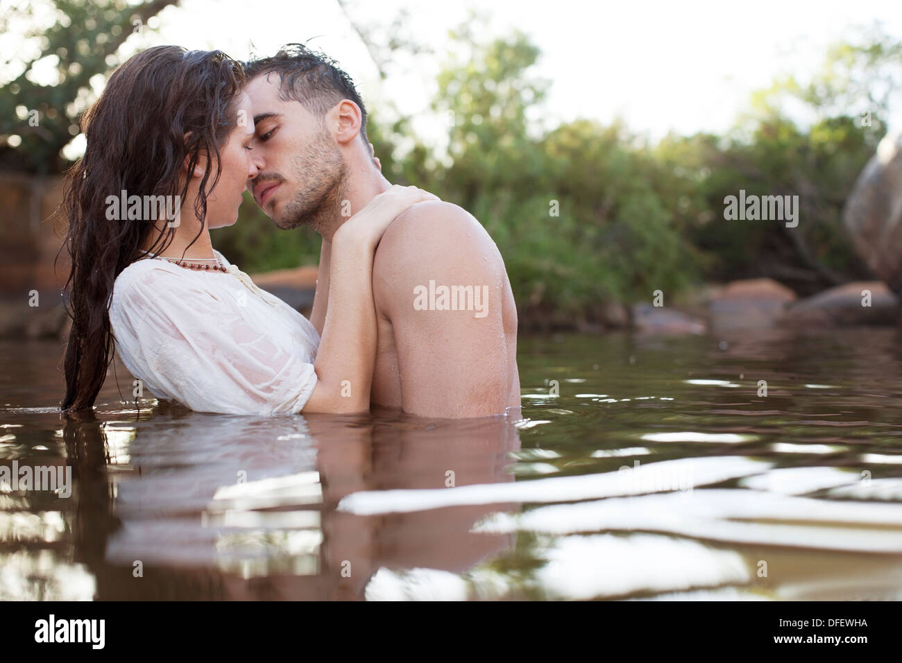 Deep Deep Kissing