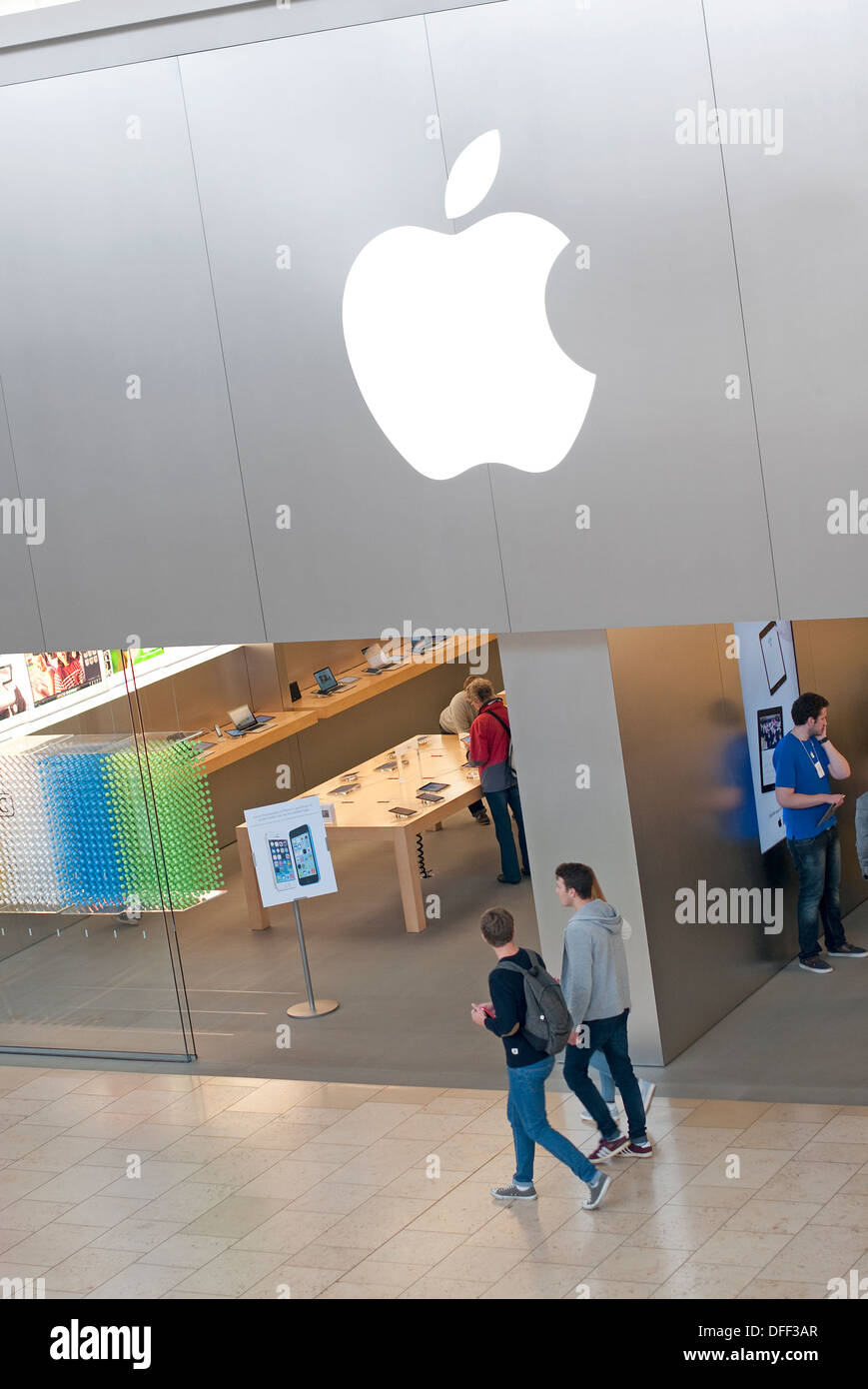 apple computers store, norwich, norfolk, england - Stock Image