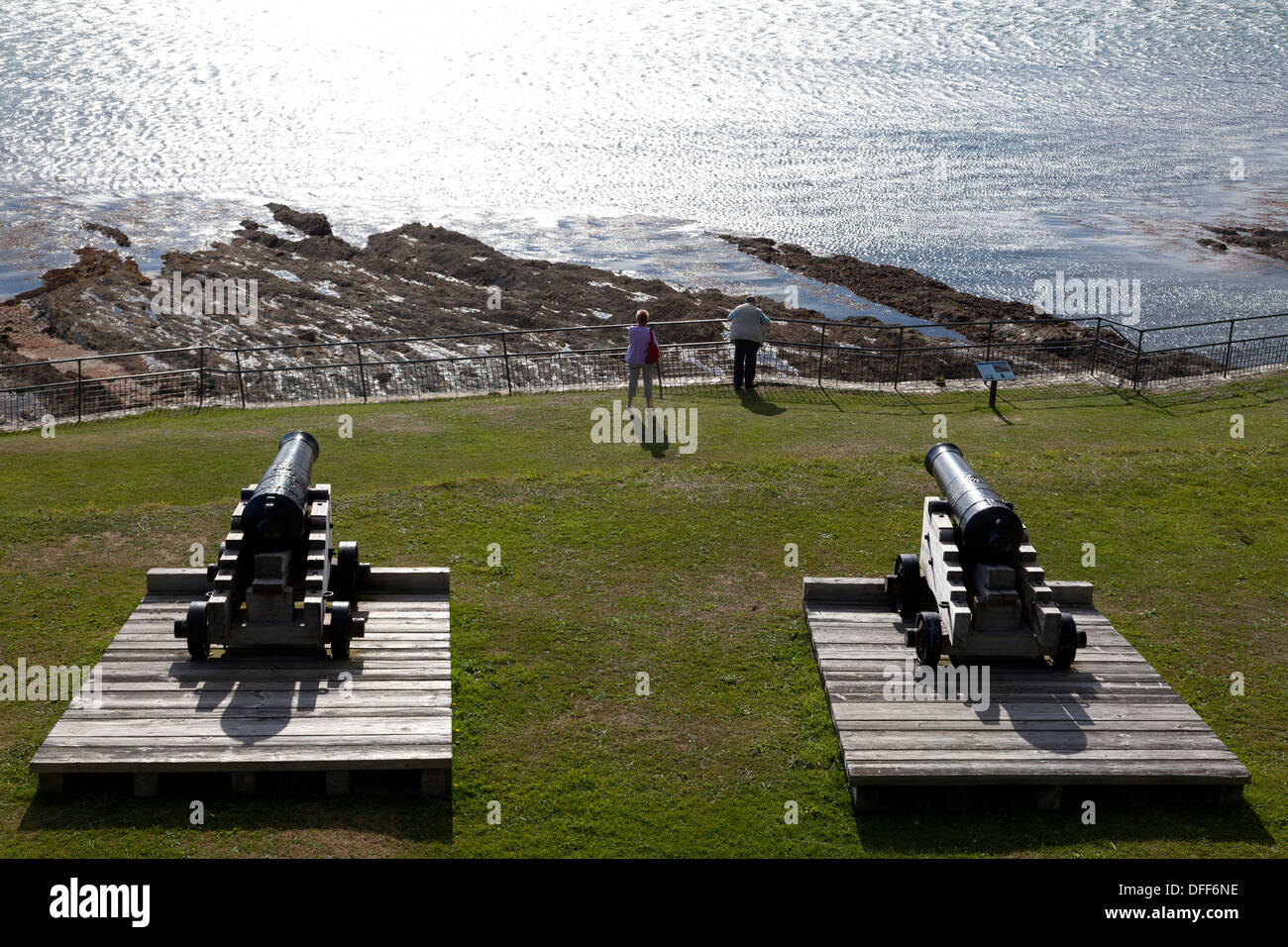 The cannons of St Mawes Castle facing across Carrick Roads, St Mawes, Cornwall - Stock Image