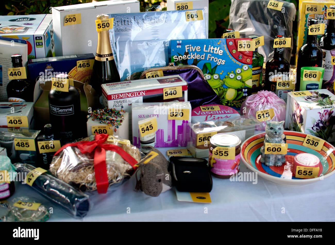 Tombola prizes Stock Photo: 61188828 - Alamy  Tombola prizes ...