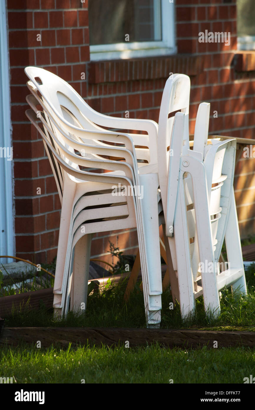 Plastic Lawn Chairs High Resolution Stock Photography And Images Alamy