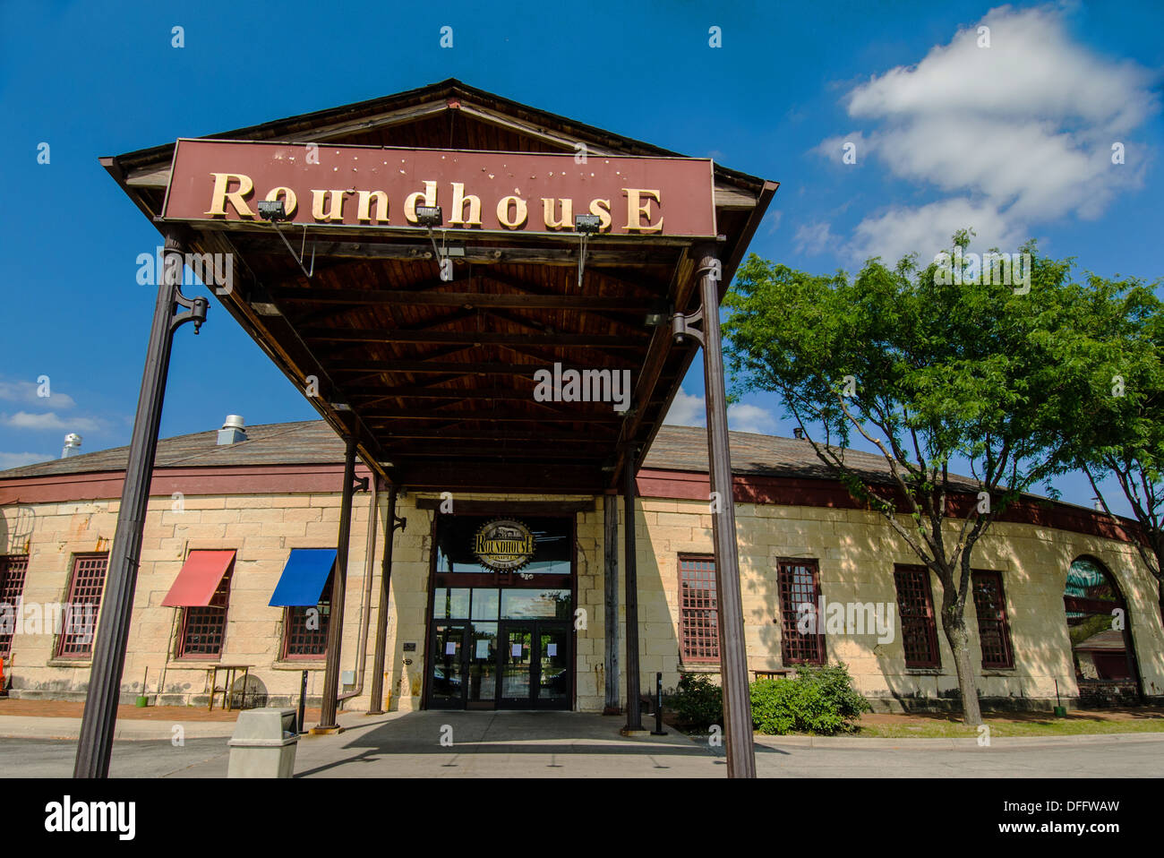 Two Brothers Roundhouse restaurant in Aurora, Illinois, a town along the Lincoln Highway - Stock Image