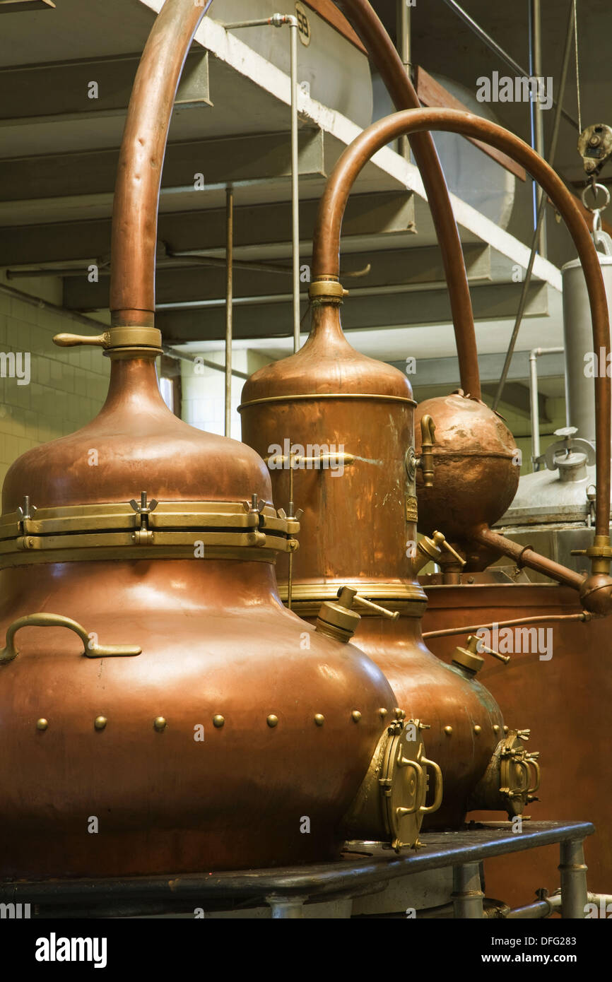 More than one hundred year old stills in distilleries Manuel Acha, Amurrio. Alava, Basque Country, Spain - Stock Image