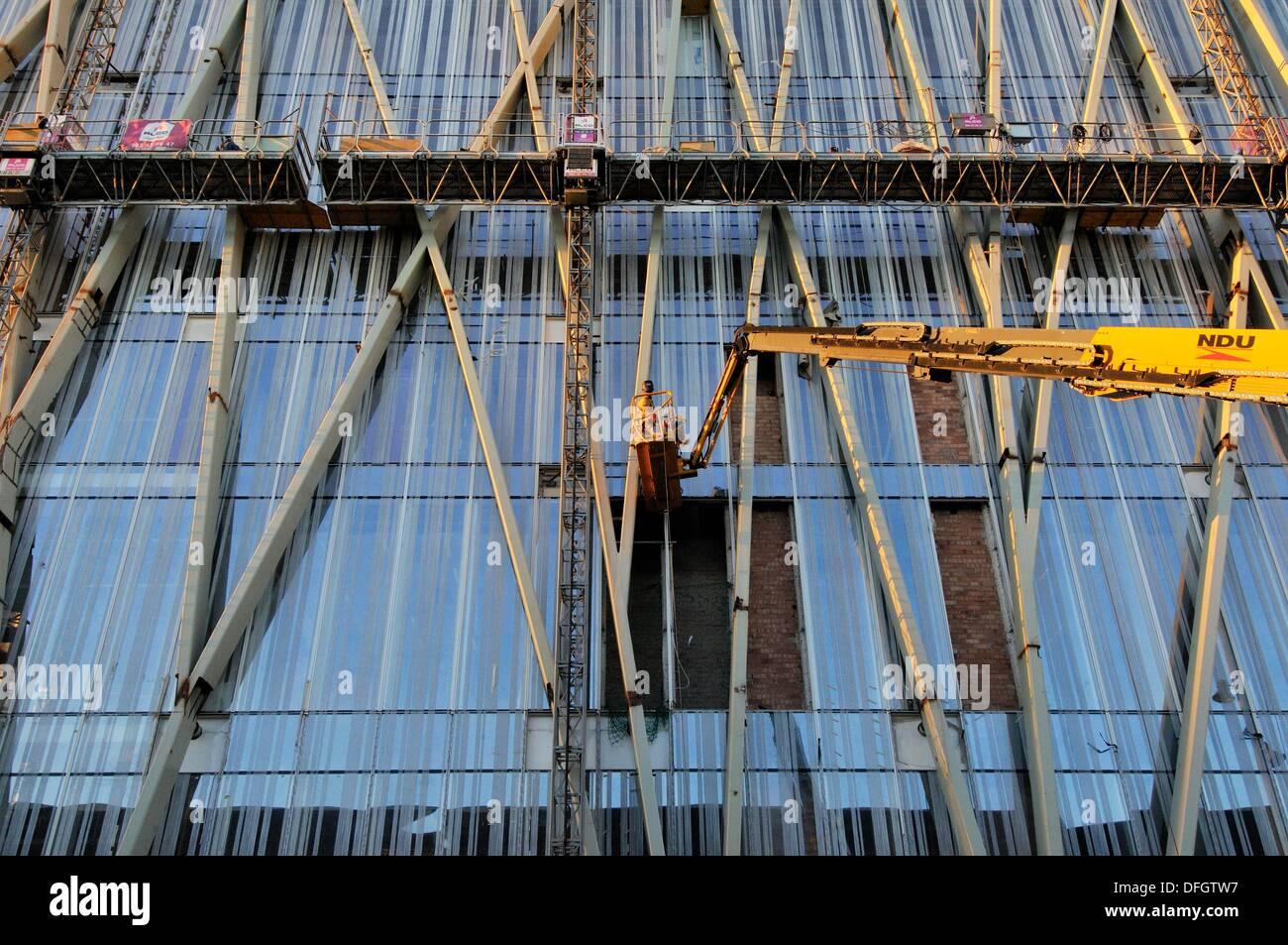 Torre Diagonal Zero Zero by Massip-Bosch architects under construction (2010), new Telefónica (Spanish broadband - Stock Image