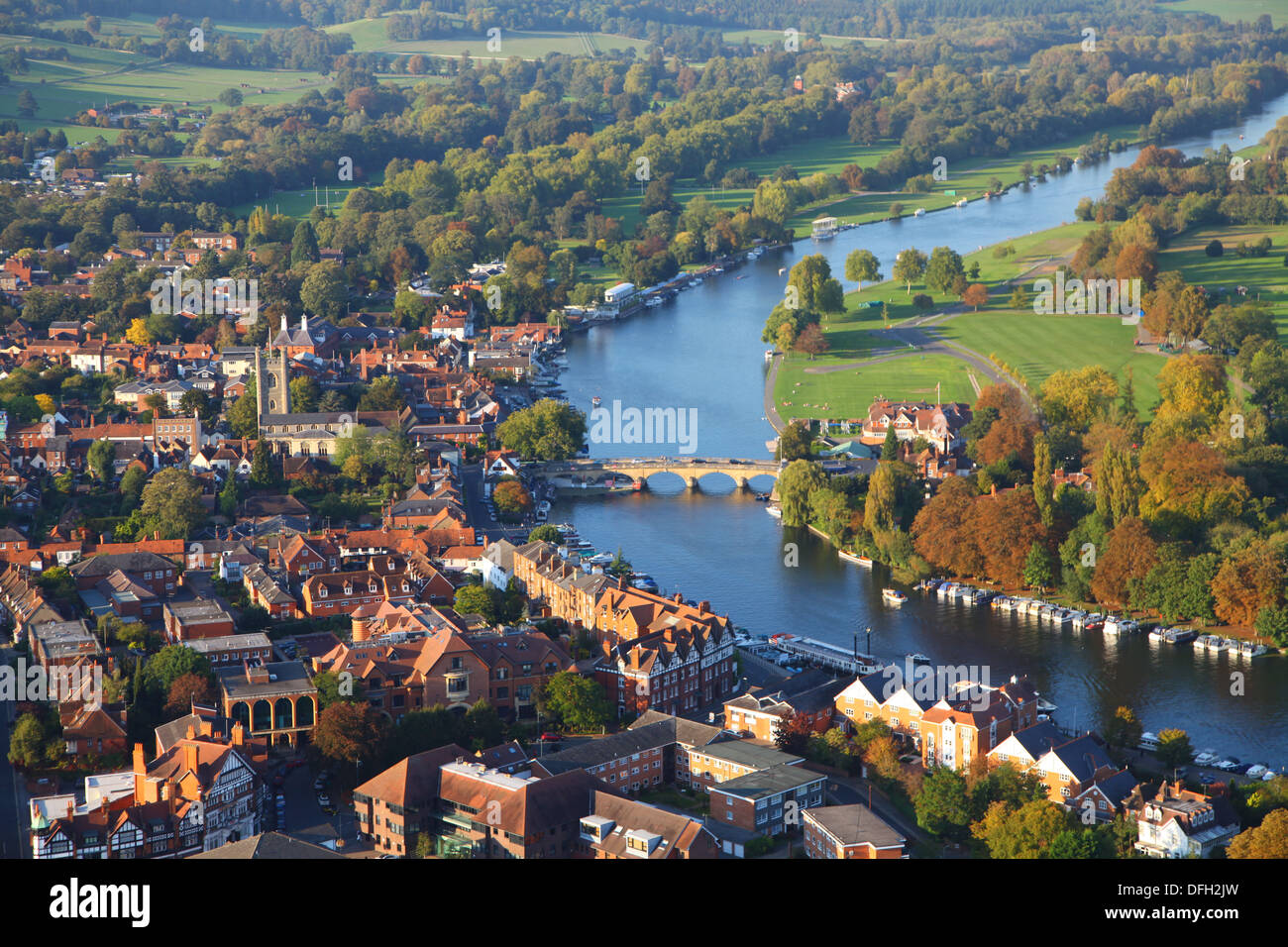 Aerial Summer view of Henley on Thames from balloon showing regatta course - Stock Image