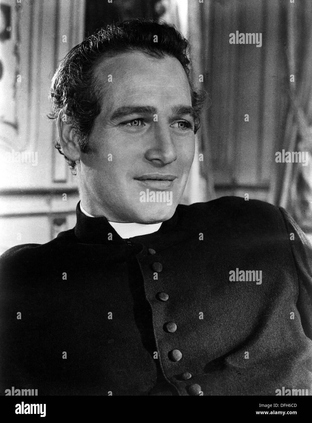 5bda483f Paul Newman on-set of the Film, Lady L, 1966 Stock Photo: 61229181 ...