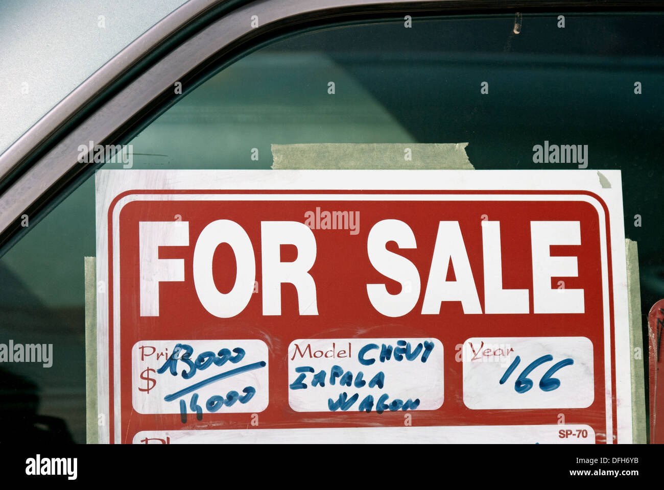 For Sale Sign On The Car Window Stock Photo 61229599 Alamy