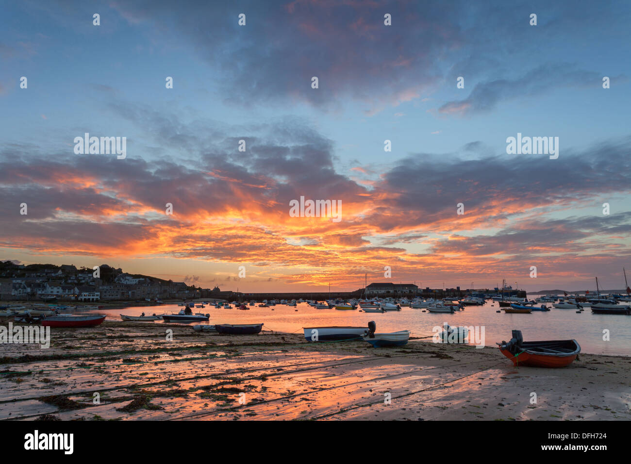 Sunset over Hugh Town Harbour, St Mary's Isles of Scilly, Cornwall - Stock Image