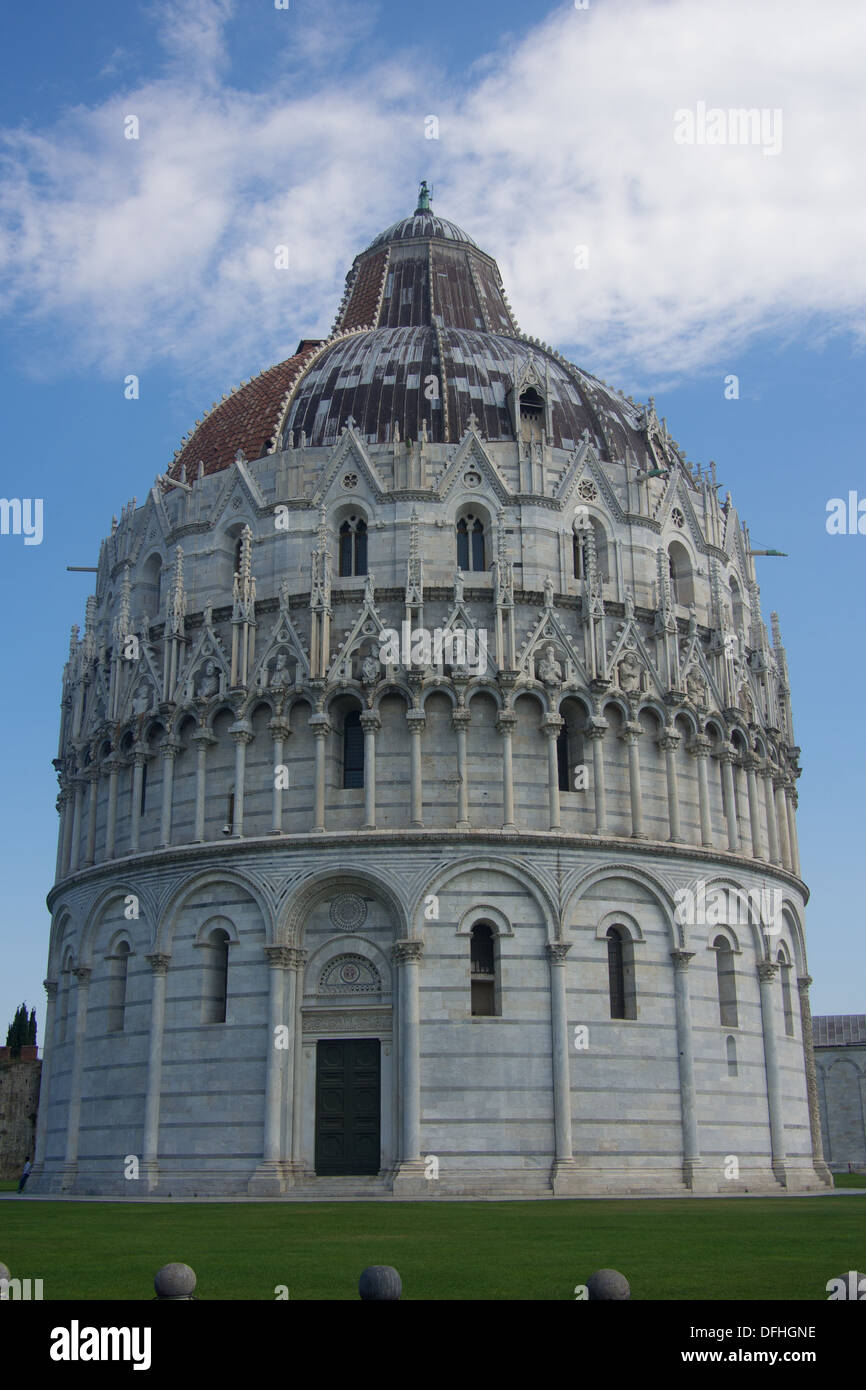 Baptistery, Square of Miracles (Piazza dei Miracoli) Pisa, Tuscany, Italy - Stock Image
