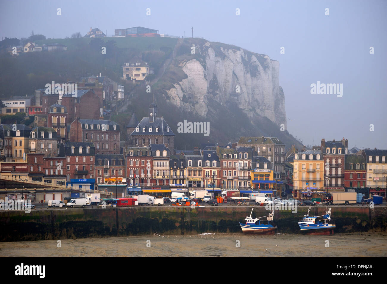 The port le treport seine maritime department haute - Haute normandie mobel ...