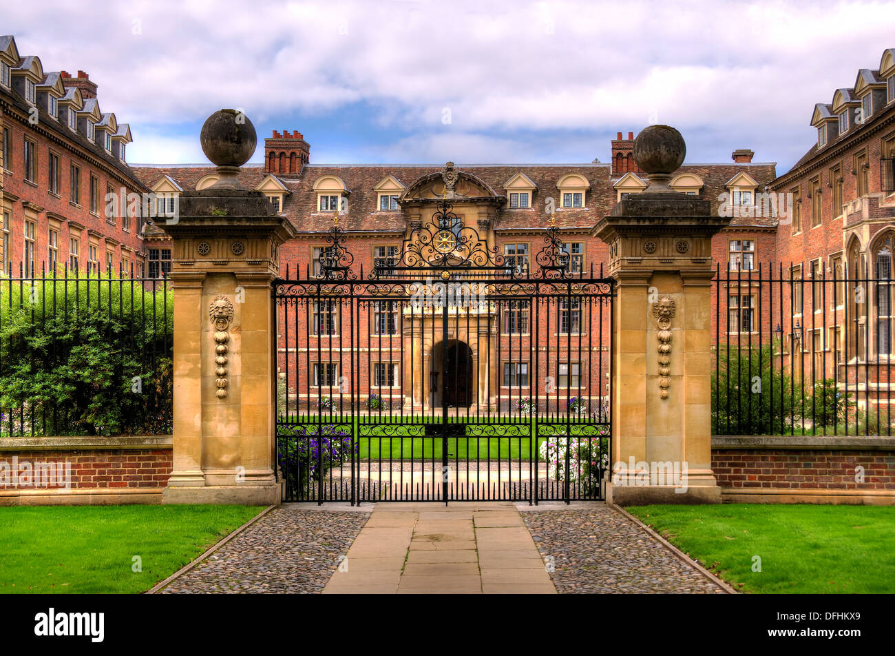 Stately home and gate Exterior of historic - Stock Image
