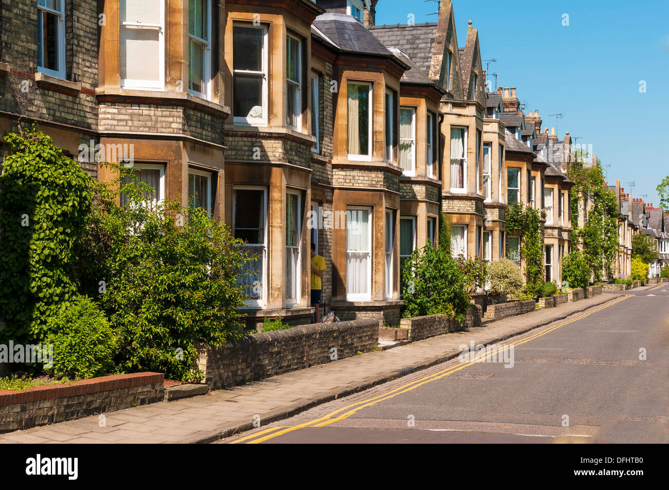 Row of terrace houses in typical English street - Stock Image