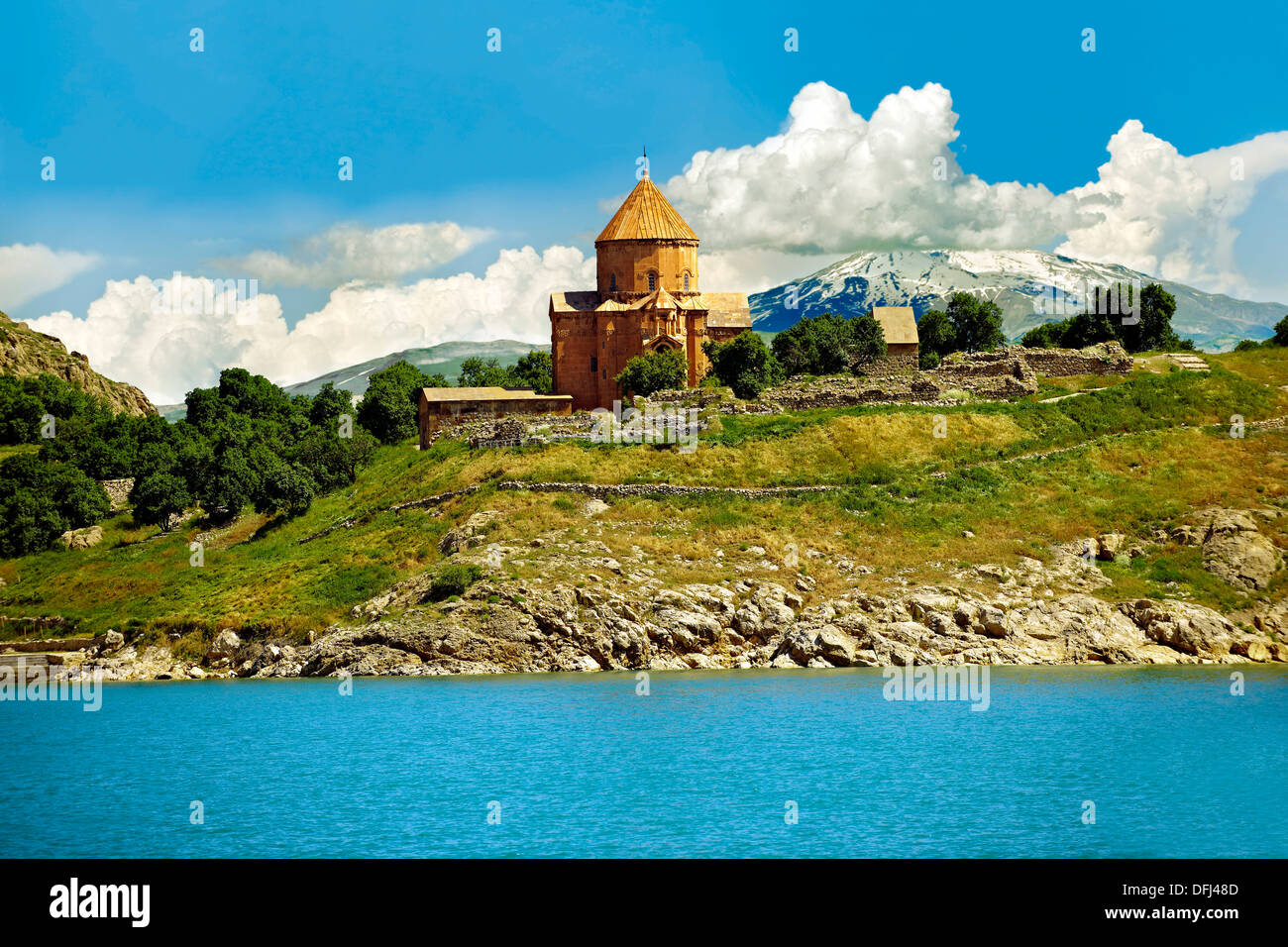 The 10th century Armenian Orthodox Cathedral of the Holy Cross, Akdamar  Island, Lake van - Stock Image