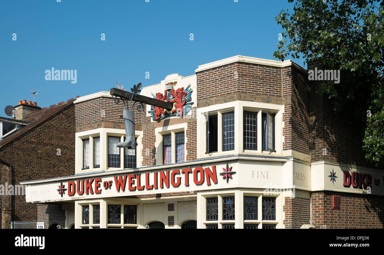 The Duke of Wellington Public House with a boot as a sign - Stock Image