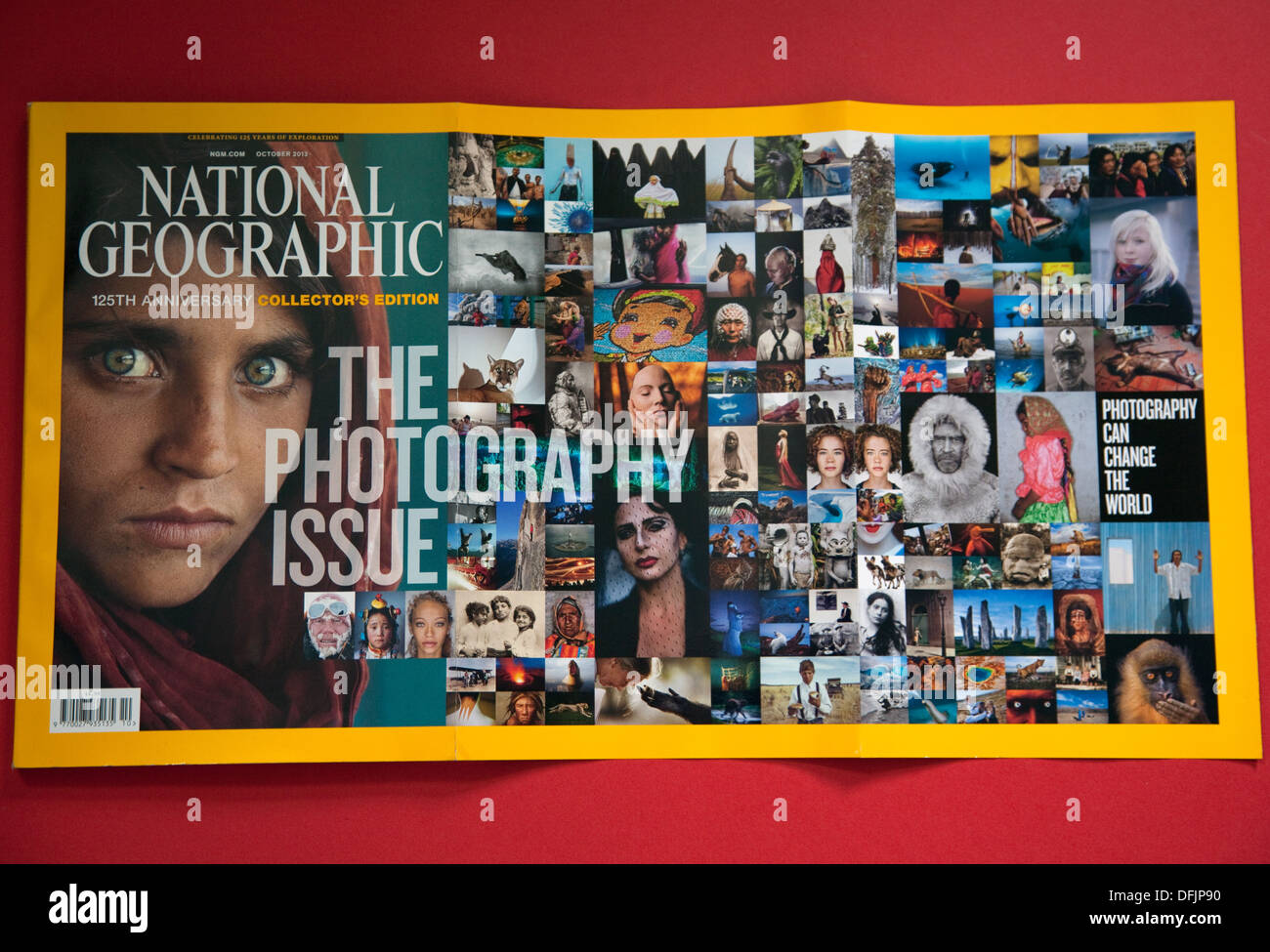 125th anniversary issue of National Geographic, London - Stock Image