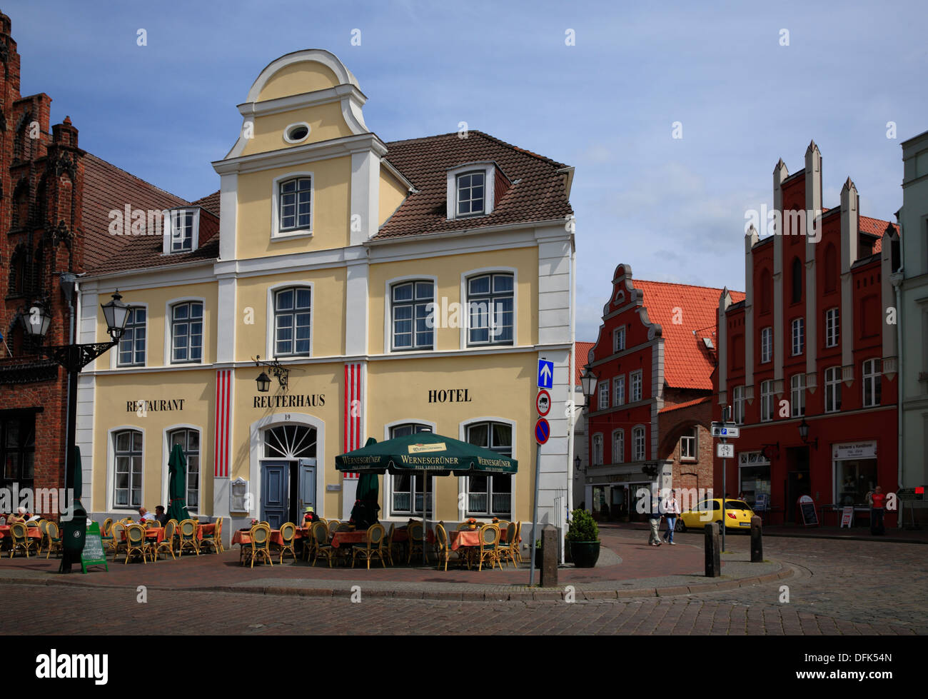 Hotel and rerstaurant at market square, hanseatic city of Wismar, Baltic Sea, Mecklenburg West Pomerania, Germany - Stock Image
