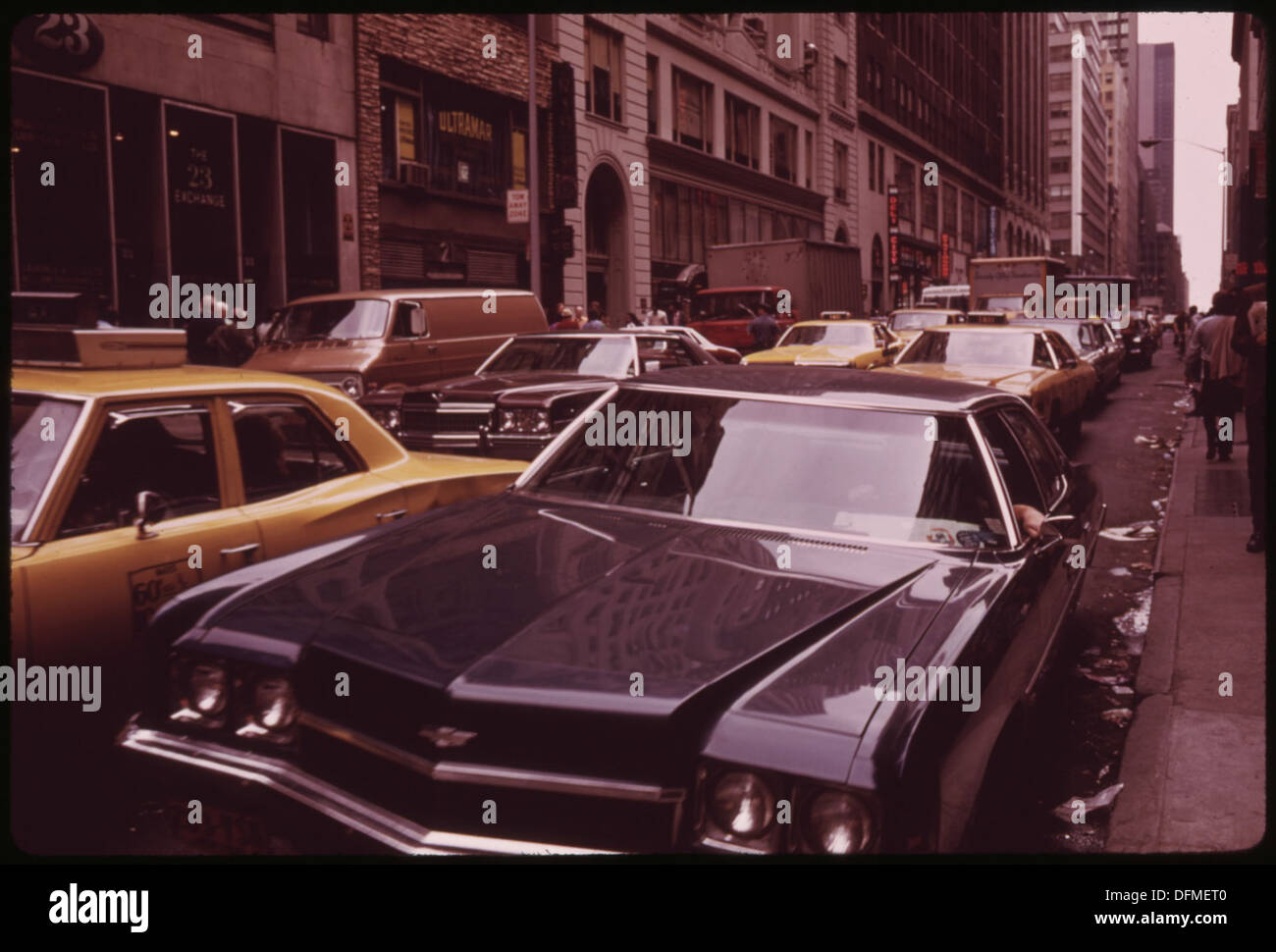 PARKED CAR ADDS TO CROSSTOWN TRAFFIC CONGESTION ON 47TH STREET 554310 Landscape - Stock Image