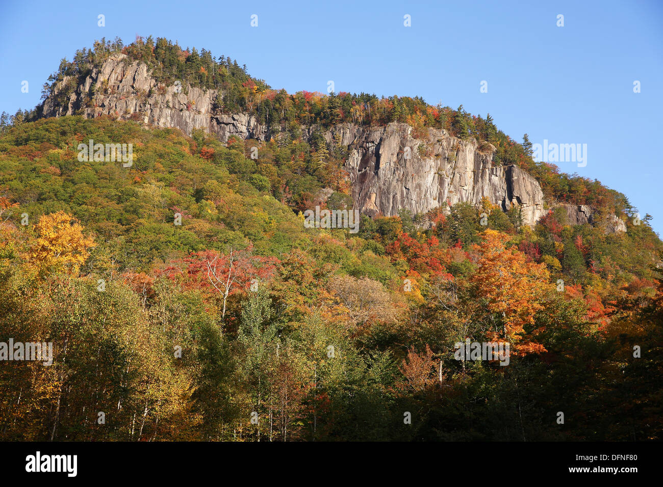 Frankenstein Cliff, Crawford Notch, New Hampshire, USA Stock Photo