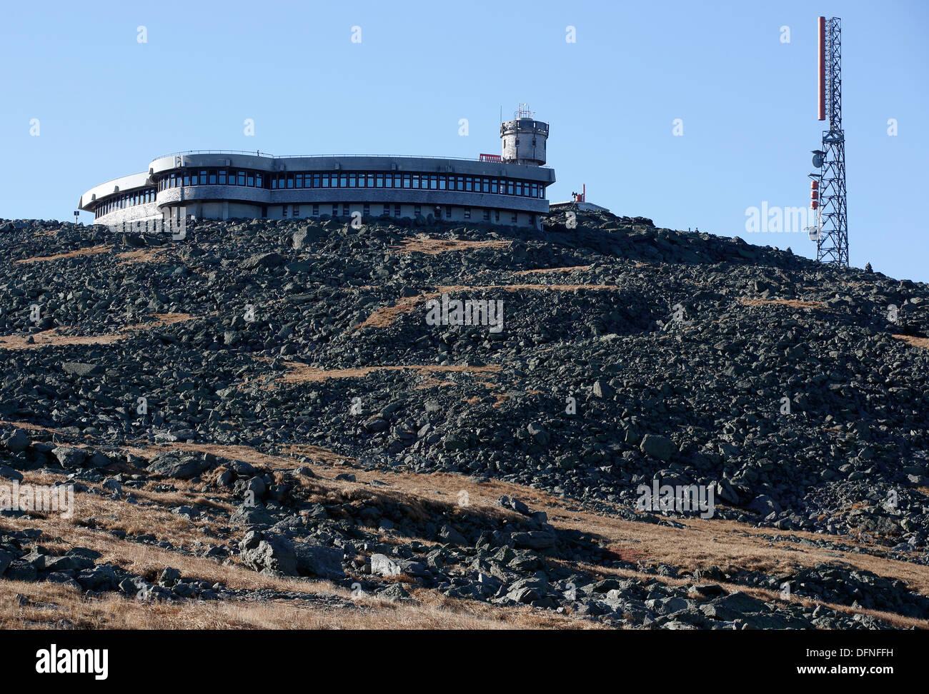f56847a6a3 The Mount Washington Observatory