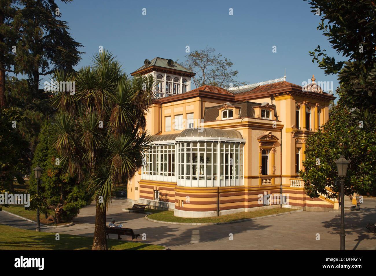 Palace with park, Avenida de Galicia, near Plaza de America, Oviedo, Camino Primitivo, Camino de Santiago, Way of St. James, pil - Stock Image
