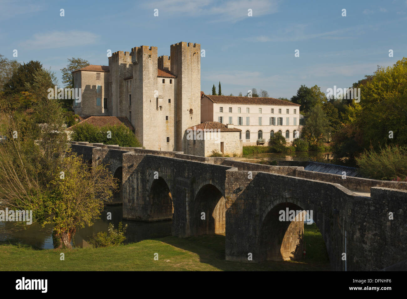 Moulin des Tours, Moulin fortifie d´Henri IV, fortified mill of Henry IV, Pont Roman, bridge, Gelise river, Lavardac, Departemen - Stock Image