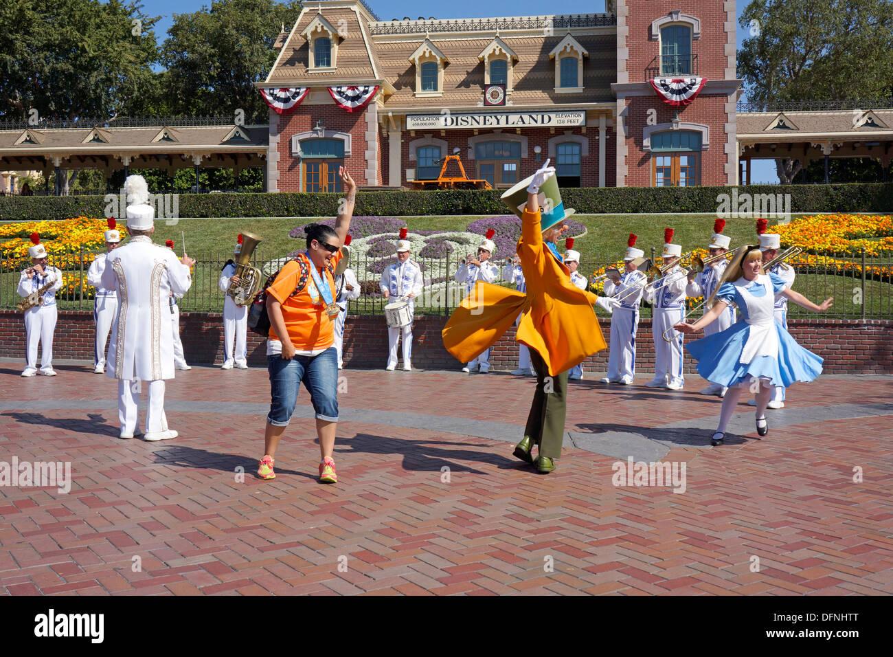 Alice in Wonderland, Mad Hatter, Tourist, Disneyland Resort, Anaheim California - Stock Image