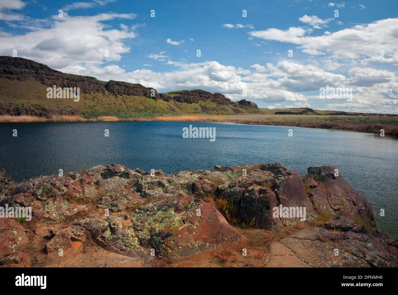 WASHINGTON - Small lake on the edge of the Columbia National Wildlife Refuge. - Stock Image