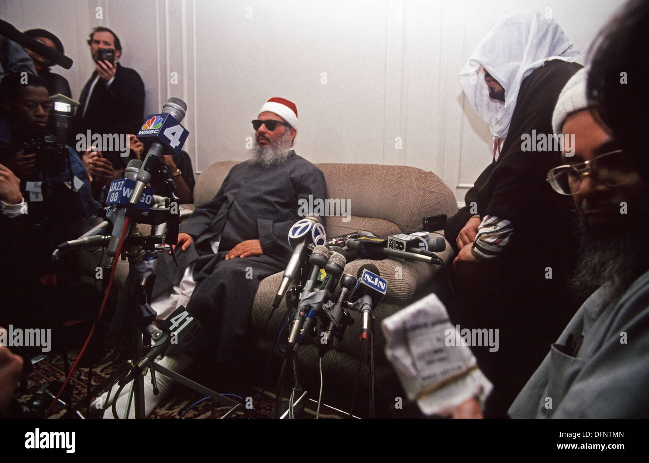 Jersey City, New Jersey - 6 April 1993 - Sheik Omar Abdel Rahman ( aka the Blind Sheik) at news conference in his Jersey City apartment ©Stacy Walsh Rosenstock. - Stock Image