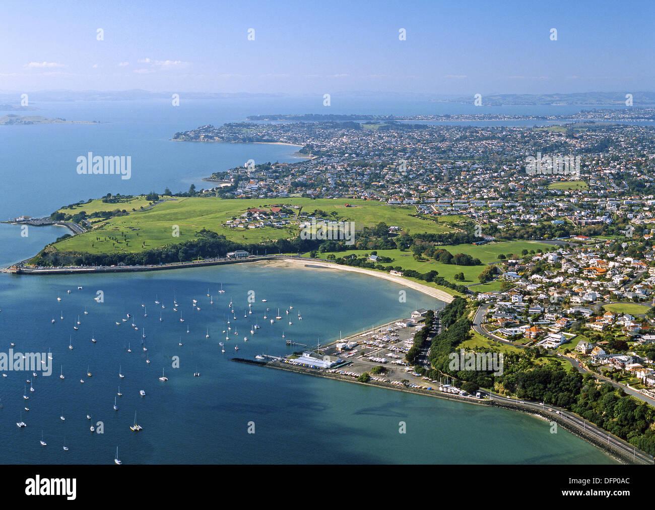 Bastion Point Okahu Bay Tamaki Yacht Club and Paratai Drive Orakei Auckland New Zealand - Stock Image