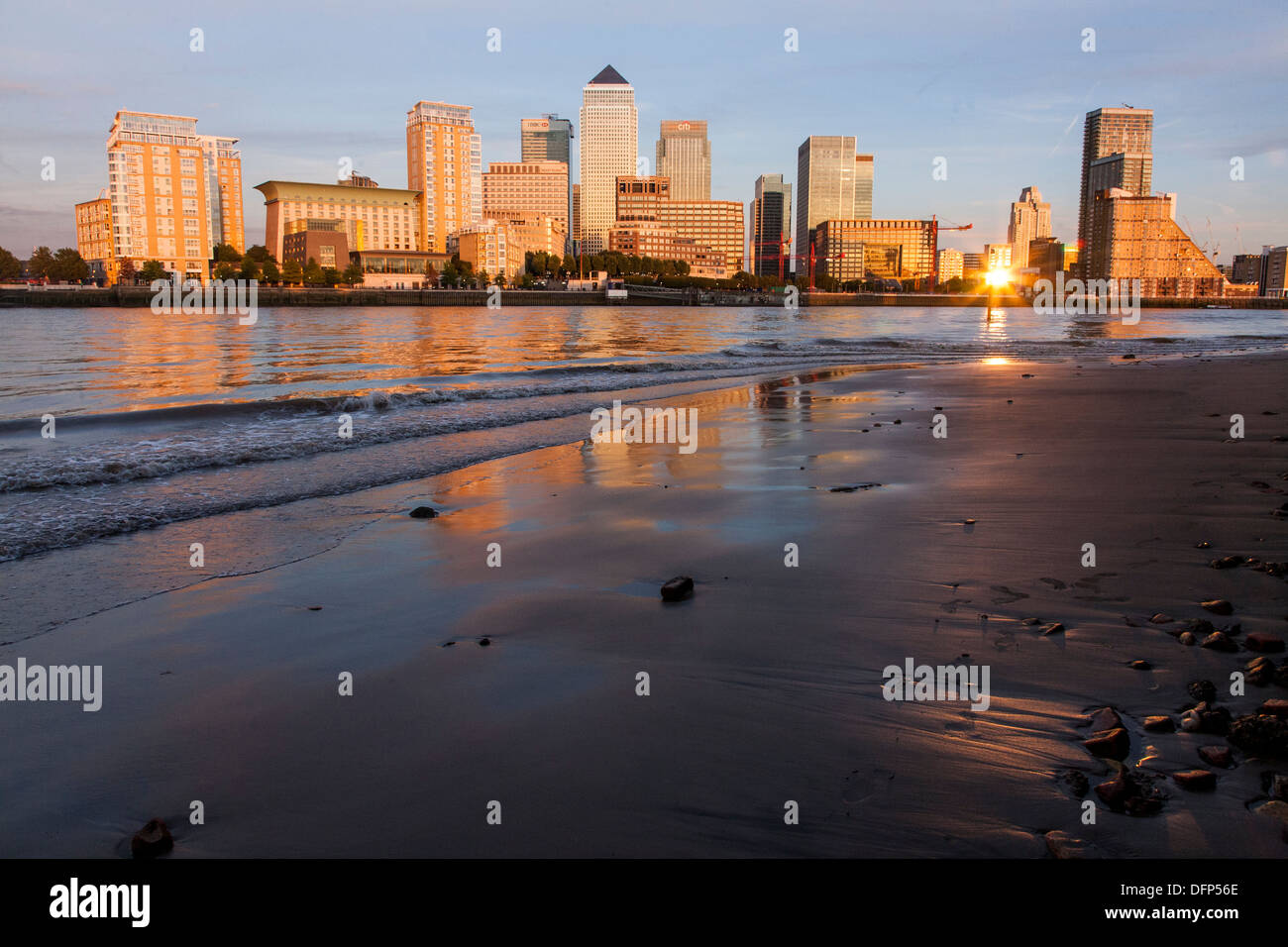 canary wharf docklands sunset cityscape - Stock Image